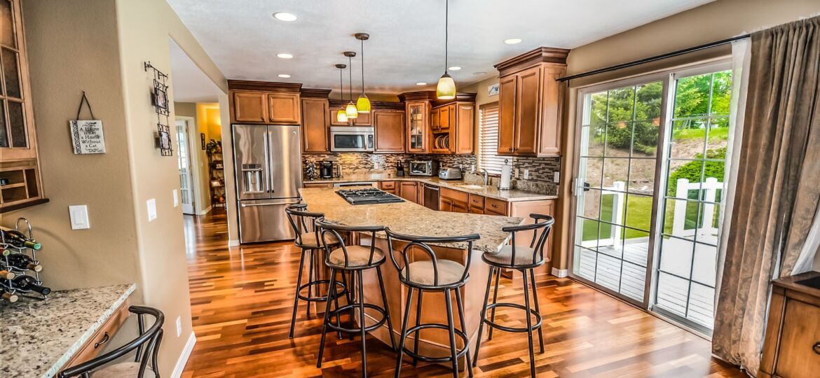 buying a house in salem lakes, go felicia, buy a house in salem wi