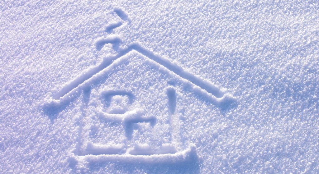 winter real estate, buying a home in winter, selling a home in winter